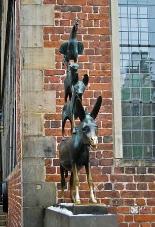 Die Bremer Stadtmusikanten Town Musicians of Bremen Germany