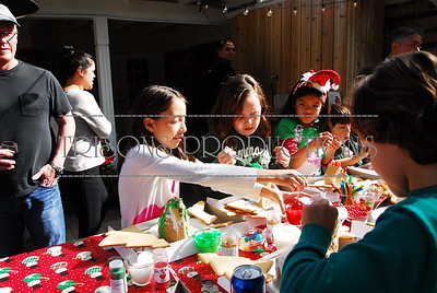 Gingerbread decorating at Heffron's home 12-19-15