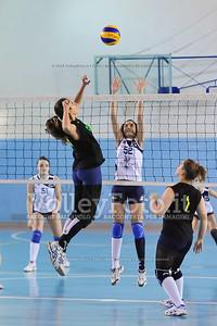 """Volley 4 strade Rieti - Mesagne Volley   5º Torneo Nazionale Pallavolo Under 16 Femminile """"Edil Rossi per lo sport"""" Memorial """"Tomasso Sulpizi"""" - Seconda fase: quarti e semifinali (id: 2013.12.28._MBD9353)"""