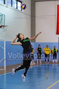 """Volley 4 strade Rieti - Mesagne Volley   5º Torneo Nazionale Pallavolo Under 16 Femminile """"Edil Rossi per lo sport"""" Memorial """"Tomasso Sulpizi"""" - Seconda fase: quarti e semifinali (id: 2013.12.28._MBD9373)"""