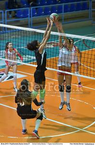 School Volley Bastia - I' Giglio Castelfiorentino 7º Trofeo Nazionale Under 16 Femminile - 5º Memorial Tomasso Sulpizi.  PalaGiontella Bastia Umbra PG, 28 Dicembre 2015. FOTO: Michele Benda © 2015 Volleyfoto.it, all rights reserved [id:20151228.MB2_1723]