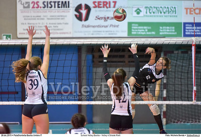 School Volley Bastia - Volley 4 Strade Rieti 7º Trofeo Nazionale Under 16 Femminile - 5º Memorial Tomasso Sulpizi.  PalaGiontella Bastia Umbra PG, 28 Dicembre 2015. FOTO: Michele Benda © 2015 Volleyfoto.it, all rights reserved [id:20151228.MB2_2248]