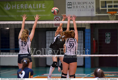 School Volley Bastia - Volley 4 Strade Rieti 7º Trofeo Nazionale Under 16 Femminile - 5º Memorial Tomasso Sulpizi.  PalaGiontella Bastia Umbra PG, 28 Dicembre 2015. FOTO: Michele Benda © 2015 Volleyfoto.it, all rights reserved [id:20151228.MB2_2259]