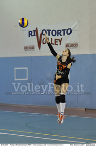 Volley Codogno Lodi - Rinascita Volley Firenze Qualificazioni Girone B • 7º Trofeo Nazionale Under 16 Femminile / 5º Memorial Tomasso Sulpizi.  Palestra Rivotorto d'Assisi PG, 28 Dicembre 2015. FOTO: Maurizio Lollini © 2015 Volleyfoto.it, all rights reserved [id:20151228.DSC_2746]
