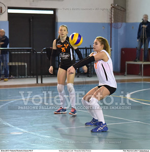 Volley Codogno Lodi - Rinascita Volley Firenze Qualificazioni Girone B • 7º Trofeo Nazionale Under 16 Femminile / 5º Memorial Tomasso Sulpizi.  Palestra Rivotorto d'Assisi PG, 28 Dicembre 2015. FOTO: Maurizio Lollini © 2015 Volleyfoto.it, all rights reserved [id:20151228.DSC_2713]