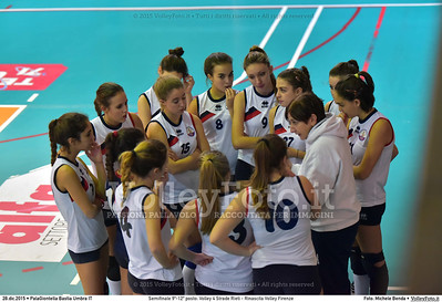 Semifinale 9º-12º posto: Volley 4 Strade Rieti - Rinascita Volley Firenze 7º Trofeo Nazionale Under 16 Femminile - 5º Memorial Tomasso Sulpizi.  PalaGiontella Bastia Umbra PG, 28 Dicembre 2015. FOTO: Michele Benda © 2015 Volleyfoto.it, all rights reserved [id:20151228.MB2_2420]