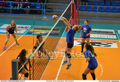 Semifinale: School Volley Bastia - BGV Pontedera 7º Trofeo Nazionale Under 16 Femminile - 5º Memorial Tomasso Sulpizi.  PalaGiontella Bastia Umbra PG, 28 Dicembre 2015. FOTO: Michele Benda © 2015 Volleyfoto.it, all rights reserved [id:20151229.MB2_3311]