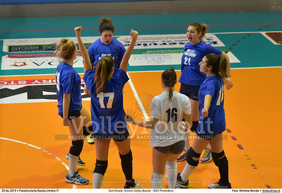 Semifinale: School Volley Bastia - BGV Pontedera 7º Trofeo Nazionale Under 16 Femminile - 5º Memorial Tomasso Sulpizi.  PalaGiontella Bastia Umbra PG, 28 Dicembre 2015. FOTO: Michele Benda © 2015 Volleyfoto.it, all rights reserved [id:20151229.MB2_3312]