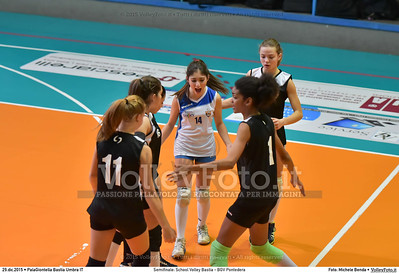 Semifinale: School Volley Bastia - BGV Pontedera 7º Trofeo Nazionale Under 16 Femminile - 5º Memorial Tomasso Sulpizi.  PalaGiontella Bastia Umbra PG, 28 Dicembre 2015. FOTO: Michele Benda © 2015 Volleyfoto.it, all rights reserved [id:20151229.MB2_3335]