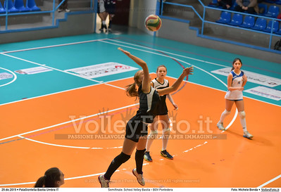 Semifinale: School Volley Bastia - BGV Pontedera 7º Trofeo Nazionale Under 16 Femminile - 5º Memorial Tomasso Sulpizi.  PalaGiontella Bastia Umbra PG, 28 Dicembre 2015. FOTO: Michele Benda © 2015 Volleyfoto.it, all rights reserved [id:20151229.MB2_3383]