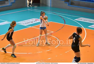 Semifinale: School Volley Bastia - BGV Pontedera 7º Trofeo Nazionale Under 16 Femminile - 5º Memorial Tomasso Sulpizi.  PalaGiontella Bastia Umbra PG, 28 Dicembre 2015. FOTO: Michele Benda © 2015 Volleyfoto.it, all rights reserved [id:20151229.MB2_3381]