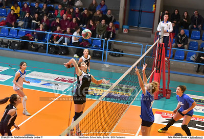 Semifinale: School Volley Bastia - BGV Pontedera 7º Trofeo Nazionale Under 16 Femminile - 5º Memorial Tomasso Sulpizi.  PalaGiontella Bastia Umbra PG, 28 Dicembre 2015. FOTO: Michele Benda © 2015 Volleyfoto.it, all rights reserved [id:20151229.MB2_3386]