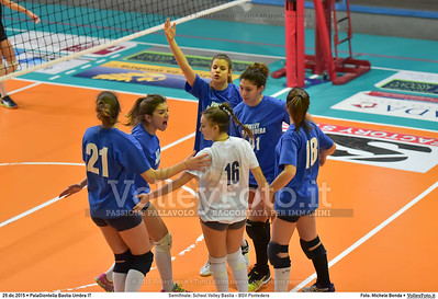 Semifinale: School Volley Bastia - BGV Pontedera 7º Trofeo Nazionale Under 16 Femminile - 5º Memorial Tomasso Sulpizi.  PalaGiontella Bastia Umbra PG, 28 Dicembre 2015. FOTO: Michele Benda © 2015 Volleyfoto.it, all rights reserved [id:20151229.MB2_3361]