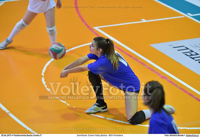 Semifinale: School Volley Bastia - BGV Pontedera 7º Trofeo Nazionale Under 16 Femminile - 5º Memorial Tomasso Sulpizi.  PalaGiontella Bastia Umbra PG, 28 Dicembre 2015. FOTO: Michele Benda © 2015 Volleyfoto.it, all rights reserved [id:20151229.MB2_3378]