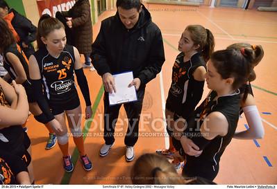 Semifinale 5º-8º: Volley Codogno 2002 - Mesagne Volley 7º Trofeo Nazionale Under 16 Femminile - 5º Memorial Tomasso Sulpizi.  PalaSport Spello PG, 29 Dicembre 2015. FOTO: Maurizio Lollini © 2015 Volleyfoto.it, all rights reserved [id:20151229.DSC_4908]