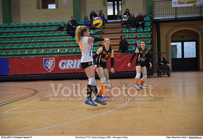 Semifinale 5º-8º: Volley Codogno 2002 - Mesagne Volley 7º Trofeo Nazionale Under 16 Femminile - 5º Memorial Tomasso Sulpizi.  PalaSport Spello PG, 29 Dicembre 2015. FOTO: Maurizio Lollini © 2015 Volleyfoto.it, all rights reserved [id:20151229.DSC_4976]