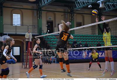Semifinale 5º-8º: Volley Codogno 2002 - Mesagne Volley 7º Trofeo Nazionale Under 16 Femminile - 5º Memorial Tomasso Sulpizi.  PalaSport Spello PG, 29 Dicembre 2015. FOTO: Maurizio Lollini © 2015 Volleyfoto.it, all rights reserved [id:20151229.DSC_4959]