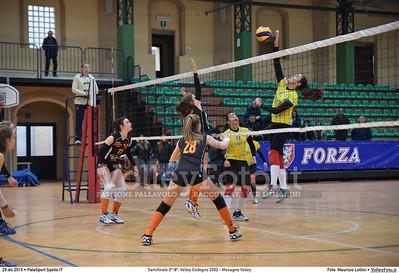Semifinale 5º-8º: Volley Codogno 2002 - Mesagne Volley 7º Trofeo Nazionale Under 16 Femminile - 5º Memorial Tomasso Sulpizi.  PalaSport Spello PG, 29 Dicembre 2015. FOTO: Maurizio Lollini © 2015 Volleyfoto.it, all rights reserved [id:20151229.DSC_4978]