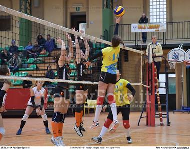 Semifinale 5º-8º: Volley Codogno 2002 - Mesagne Volley 7º Trofeo Nazionale Under 16 Femminile - 5º Memorial Tomasso Sulpizi.  PalaSport Spello PG, 29 Dicembre 2015. FOTO: Maurizio Lollini © 2015 Volleyfoto.it, all rights reserved [id:20151229.DSC_4939]