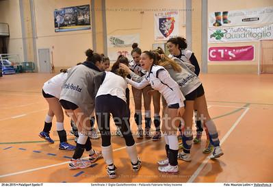 Semifinale: I' Giglio Castelfiorentino - Pallavolo Fabriano Volley Insieme 7º Trofeo Nazionale Under 16 Femminile - 5º Memorial Tomasso Sulpizi.  PalaSport Spello PG, 29 Dicembre 2015. FOTO: Maurizio Lollini © 2015 Volleyfoto.it, all rights reserved [id:20151229.DSC_5273]