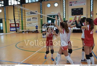 Semifinale: I' Giglio Castelfiorentino - Pallavolo Fabriano Volley Insieme 7º Trofeo Nazionale Under 16 Femminile - 5º Memorial Tomasso Sulpizi.  PalaSport Spello PG, 29 Dicembre 2015. FOTO: Maurizio Lollini © 2015 Volleyfoto.it, all rights reserved [id:20151229.DSC_5302]