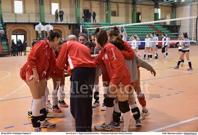 Semifinale: I' Giglio Castelfiorentino - Pallavolo Fabriano Volley Insieme 7º Trofeo Nazionale Under 16 Femminile - 5º Memorial Tomasso Sulpizi.  PalaSport Spello PG, 29 Dicembre 2015. FOTO: Maurizio Lollini © 2015 Volleyfoto.it, all rights reserved [id:20151229.DSC_5270]