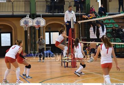 Semifinale: I' Giglio Castelfiorentino - Pallavolo Fabriano Volley Insieme 7º Trofeo Nazionale Under 16 Femminile - 5º Memorial Tomasso Sulpizi.  PalaSport Spello PG, 29 Dicembre 2015. FOTO: Maurizio Lollini © 2015 Volleyfoto.it, all rights reserved [id:20151229.DSC_5321]