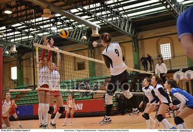 Semifinale: I' Giglio Castelfiorentino - Pallavolo Fabriano Volley Insieme 7º Trofeo Nazionale Under 16 Femminile - 5º Memorial Tomasso Sulpizi.  PalaSport Spello PG, 29 Dicembre 2015. FOTO: Maurizio Lollini © 2015 Volleyfoto.it, all rights reserved [id:20151229.DSC_5338]