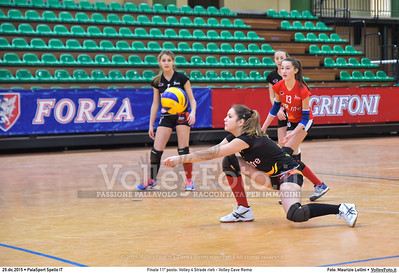 Finale 11º posto: Volley 4 Strade rieti - Volley Cave Roma 7º Trofeo Nazionale Under 16 Femminile - 5º Memorial Tomasso Sulpizi.  PalaSport Spello PG, 28 Dicembre 2015. FOTO: Maurizio Lollini © 2015 Volleyfoto.it, all rights reserved [id:20151229.DSC_5783]