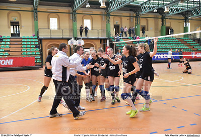 Finale 11º posto: Volley 4 Strade rieti - Volley Cave Roma 7º Trofeo Nazionale Under 16 Femminile - 5º Memorial Tomasso Sulpizi.  PalaSport Spello PG, 28 Dicembre 2015. FOTO: Maurizio Lollini © 2015 Volleyfoto.it, all rights reserved [id:20151229.DSC_5755]