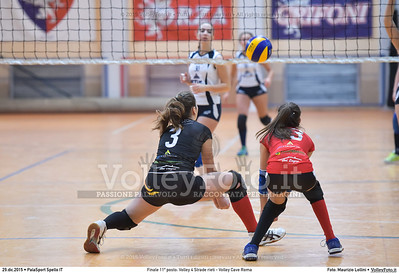 Finale 11º posto: Volley 4 Strade rieti - Volley Cave Roma 7º Trofeo Nazionale Under 16 Femminile - 5º Memorial Tomasso Sulpizi.  PalaSport Spello PG, 28 Dicembre 2015. FOTO: Maurizio Lollini © 2015 Volleyfoto.it, all rights reserved [id:20151229.DSC_5844]