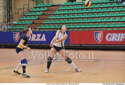 Finale 11º posto: Volley 4 Strade rieti - Volley Cave Roma 7º Trofeo Nazionale Under 16 Femminile - 5º Memorial Tomasso Sulpizi.  PalaSport Spello PG, 28 Dicembre 2015. FOTO: Maurizio Lollini © 2015 Volleyfoto.it, all rights reserved [id:20151229.DSC_5809]