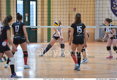 Finale 11º posto: Volley 4 Strade rieti - Volley Cave Roma 7º Trofeo Nazionale Under 16 Femminile - 5º Memorial Tomasso Sulpizi.  PalaSport Spello PG, 28 Dicembre 2015. FOTO: Maurizio Lollini © 2015 Volleyfoto.it, all rights reserved [id:20151229.DSC_5859]