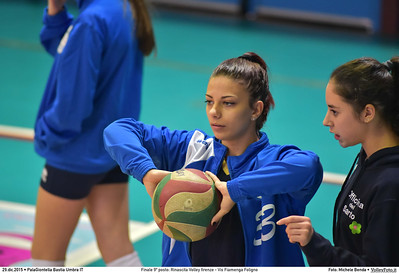 Finale 9º posto: Rinascita Volley firenze - Vis Fiamenga Foligno 7º Trofeo Nazionale Under 16 Femminile - 5º Memorial Tomasso Sulpizi.  PalaGiontella Bastia Umbra PG, 28 Dicembre 2015. FOTO: Michele Benda © 2015 Volleyfoto.it, all rights reserved [id:20151229.MB2_3612]