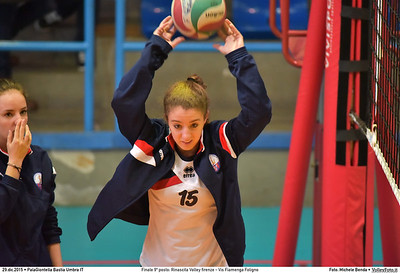 Finale 9º posto: Rinascita Volley firenze - Vis Fiamenga Foligno 7º Trofeo Nazionale Under 16 Femminile - 5º Memorial Tomasso Sulpizi.  PalaGiontella Bastia Umbra PG, 28 Dicembre 2015. FOTO: Michele Benda © 2015 Volleyfoto.it, all rights reserved [id:20151229.MB2_3644]