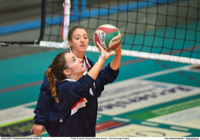 Finale 9º posto: Rinascita Volley firenze - Vis Fiamenga Foligno 7º Trofeo Nazionale Under 16 Femminile - 5º Memorial Tomasso Sulpizi.  PalaGiontella Bastia Umbra PG, 28 Dicembre 2015. FOTO: Michele Benda © 2015 Volleyfoto.it, all rights reserved [id:20151229.MB2_3699]
