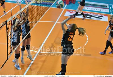 Finale 5º posto: Cus Siena - Volley Codogno 2002 7º Trofeo Nazionale Under 16 Femminile - 5º Memorial Tomasso Sulpizi.  PalaGiontella Bastia Umbra PG, 28 Dicembre 2015. FOTO: Michele Benda © 2015 Volleyfoto.it, all rights reserved [id:20151229.MB2_4054]