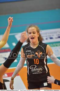 Finale 5º posto: Cus Siena - Volley Codogno 2002 7º Trofeo Nazionale Under 16 Femminile - 5º Memorial Tomasso Sulpizi.  PalaGiontella Bastia Umbra PG, 28 Dicembre 2015. FOTO: Michele Benda © 2015 Volleyfoto.it, all rights reserved [id:20151229.MB2_4027]