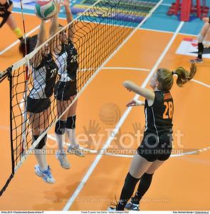 Finale 5º posto: Cus Siena - Volley Codogno 2002 7º Trofeo Nazionale Under 16 Femminile - 5º Memorial Tomasso Sulpizi.  PalaGiontella Bastia Umbra PG, 28 Dicembre 2015. FOTO: Michele Benda © 2015 Volleyfoto.it, all rights reserved [id:20151229.MB2_4055]