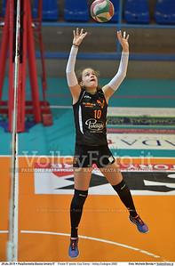 Finale 5º posto: Cus Siena - Volley Codogno 2002 7º Trofeo Nazionale Under 16 Femminile - 5º Memorial Tomasso Sulpizi.  PalaGiontella Bastia Umbra PG, 28 Dicembre 2015. FOTO: Michele Benda © 2015 Volleyfoto.it, all rights reserved [id:20151229.MB2_4037]