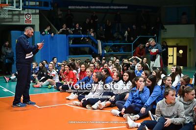"PREMIAZIONI - 8º Memorial ""Tomasso Sulpizi"" • 10º Trofeo Nazionale Volley U14 & U16 Femminile. IT, 29 dicembre 2018 - Foto: Michele Benda per VolleyFoto.it [Riferimento file: 2018-12-29/NZ6_5726]"