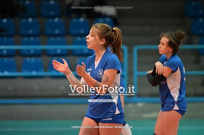 """Under14 «Roma Volley Group - Cortona Volley AR» - 8º Memorial """"Tomasso Sulpizi"""" • 10º Trofeo Nazionale Volley U14 & U16 Femminile IT, 28 dicembre 2018 - Foto: Michele Benda per VolleyFoto.it [Riferimento file: 2018-12-28/NZ6_4756]"""