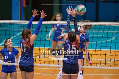 """Under14 «Roma Volley Group - Cortona Volley AR» - 8º Memorial """"Tomasso Sulpizi"""" • 10º Trofeo Nazionale Volley U14 & U16 Femminile IT, 28 dicembre 2018 - Foto: Michele Benda per VolleyFoto.it [Riferimento file: 2018-12-28/NZ6_4793]"""