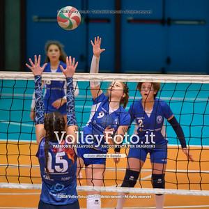"""Under14 «Roma Volley Group - Cortona Volley AR» - 8º Memorial """"Tomasso Sulpizi"""" • 10º Trofeo Nazionale Volley U14 & U16 Femminile IT, 28 dicembre 2018 - Foto: Michele Benda per VolleyFoto.it [Riferimento file: 2018-12-28/NZ6_4787]"""