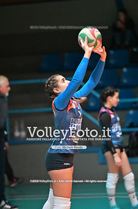 "Under14 «Roma Volley Group - Cortona Volley AR» - 8º Memorial ""Tomasso Sulpizi"" • 10º Trofeo Nazionale Volley U14 & U16 Femminile IT, 28 dicembre 2018 - Foto: Michele Benda per VolleyFoto.it [Riferimento file: 2018-12-28/NZ6_4692]"