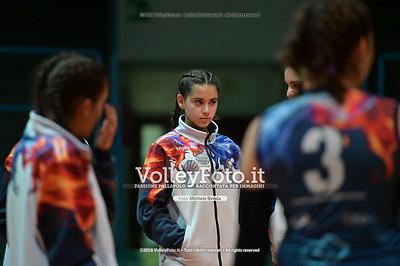 """Under14 «Roma Volley Group - Cortona Volley AR» - 8º Memorial """"Tomasso Sulpizi"""" • 10º Trofeo Nazionale Volley U14 & U16 Femminile IT, 28 dicembre 2018 - Foto: Michele Benda per VolleyFoto.it [Riferimento file: 2018-12-28/NZ6_4685]"""