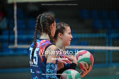 """Under14 «Roma Volley Group - Cortona Volley AR» - 8º Memorial """"Tomasso Sulpizi"""" • 10º Trofeo Nazionale Volley U14 & U16 Femminile IT, 28 dicembre 2018 - Foto: Michele Benda per VolleyFoto.it [Riferimento file: 2018-12-28/NZ6_4708]"""