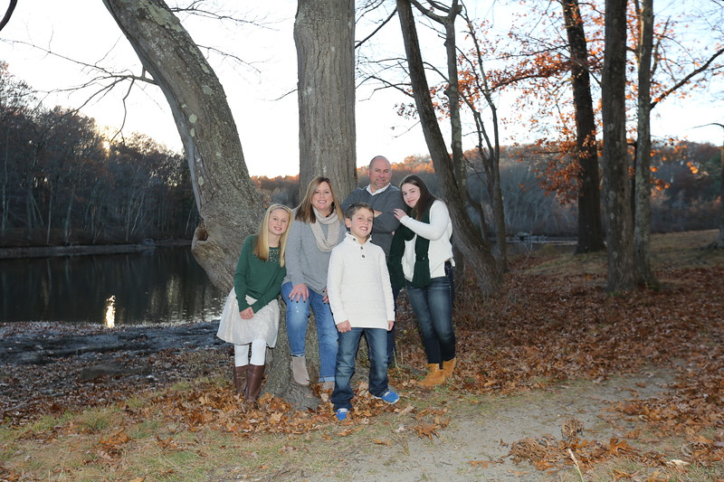 Girard, Dan - Family Portraits - November  2016 2D0A8043