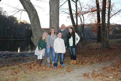 Girard, Dan - Family Portraits - November  2016 2D0A8041