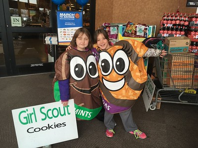 0317 Kroger Cookie Booth